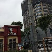 Photo taken at KFC by ぷー on 6/7/2016