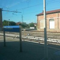 Foto tirada no(a) Stazione di Crevalcore por Benedetta M. em 9/7/2015