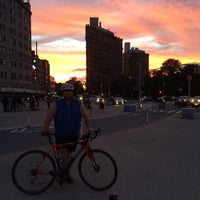 Photo taken at Mud Truck (Grand Army Plaza) by Nacer N. on 7/17/2014