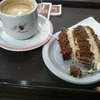 Foto tirada no(a) Café no Bule por Paula F. em 9/19/2014
