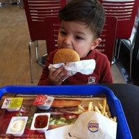 1/11/2014 tarihinde Kevser N.ziyaretçi tarafından Burger King'de çekilen fotoğraf