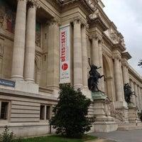 Photo taken at Palais de la Découverte by Kévin P. on 6/22/2013