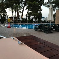 Photo taken at Crystal Restaurant by Aykut-Tuğçe-yağmur-elif A. on 8/17/2017