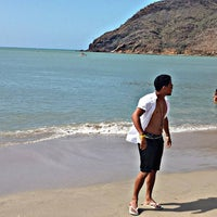 Photo taken at Playa La Galera by Israel F. on 1/1/2016