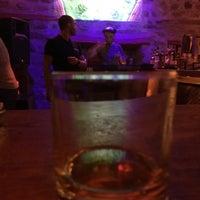 4/15/2018 tarihinde Mesutcan_Digaziyaretçi tarafından Gekko Coctail & Whisky'de çekilen fotoğraf