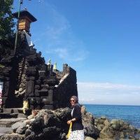 Photo taken at Batu Bolong Temple by Nur H. on 4/14/2016