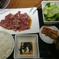 Photo taken at やえん 焼肉 赤坂 by Toshiro H. on 3/14/2014