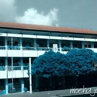 Photo taken at SMA Muhammadiyah 2 Yogyakarta by Jati P. on 1/11/2014