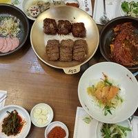 Photo taken at 쌍교숮불갈비 by Hyuck Joon L. on 7/8/2016