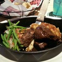 Das Foto wurde bei Twin Peaks Restaurant von Brad P. am 12/18/2012 aufgenommen