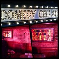Foto tirada no(a) Comedy Cellar por Nicolas V. em 5/7/2013
