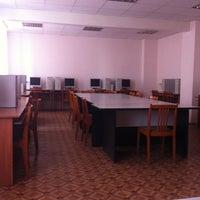 Photo taken at Факультет иностранных языков ЧГПУ by Olga I. on 4/16/2014