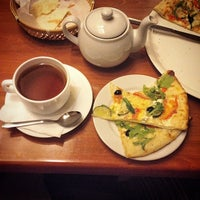 Photo taken at Pizza House by Veniamin S. on 6/30/2014