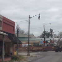 Photo taken at Downtown Hartselle by Rita H. on 4/7/2014