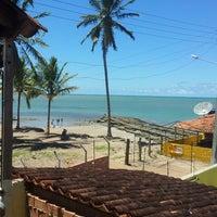 Foto tirada no(a) Praia de Tabuba por flavio c. em 4/14/2013