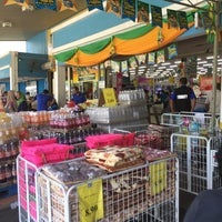 Photo taken at TF VALUE MART-BENTONG 2 by Qid Z. on 7/4/2016