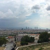 Photo taken at Hayrettin Duran Spor Salonu by Çiçek B. on 5/28/2017