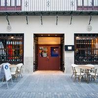 Foto tomada en Foment Café & Bar - Gin Club por Foment Café & Bar - Gin Club el 1/10/2014