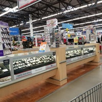 Photo taken at Walmart Supercenter by Thelma P. on 11/22/2017