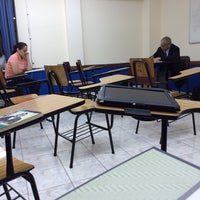 Photo taken at Aula 406 by Ariel V. on 3/10/2014