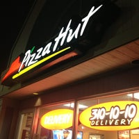 Photo taken at Pizza Hut by Chris L. on 2/17/2013