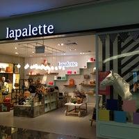 Photo taken at Lapalette Suntec by Benjamin T. on 7/3/2013