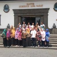 Photo taken at Kantor Gubernur Jawa Barat by Hamam b. on 4/18/2018