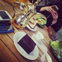 Photo taken at Cafe Liwan by Mohammed A. on 5/29/2014