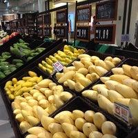 11/2/2012 tarihinde Jo U.ziyaretçi tarafından Isetan'de çekilen fotoğraf