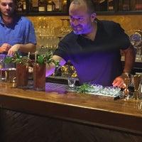 8/5/2016 tarihinde Leman G.ziyaretçi tarafından Gekko Coctail & Whisky'de çekilen fotoğraf