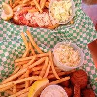 Photo prise au Yankee Lobster par Lisa le5/27/2013