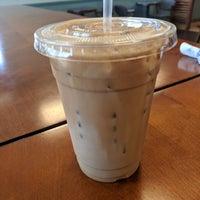Foto tomada en Peridot Coffee por Michelle el 8/18/2018