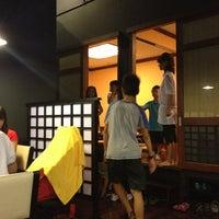 Photo taken at The Sushi Bar 5 @ Thiên Sơn Plaza by Trịnh H. on 3/8/2013