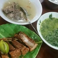 Photo taken at Lapo Ni Tondongta by Job P. on 9/10/2016