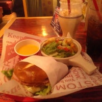 Photo taken at Red Robin Gourmet Burgers by Scott M. on 10/16/2012
