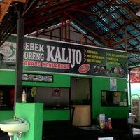 Photo taken at Bebek Kalijo Martapura by aris s. on 1/12/2015