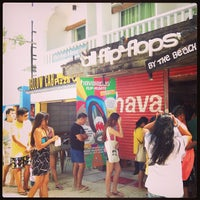 Photo taken at Havaianas by Eric C. on 3/28/2013