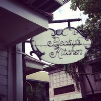 5/5/2013 tarihinde Fjordz |.ziyaretçi tarafından Becky's Kitchen'de çekilen fotoğraf