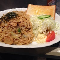 Photo taken at 喫茶レストラン縄 by 🐝 K. on 11/26/2013