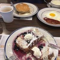 Photo taken at Bob Evans Restaurant by Marek Z. on 5/6/2017