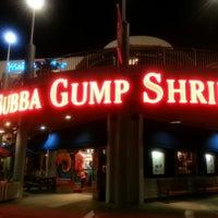 Photo taken at Bubba Gump Shrimp Co. by Merve C. on 10/15/2013