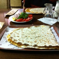 Foto tirada no(a) Kervan Kebap ve Lahmacun Salonu por Afhshscjsj X. em 5/14/2014