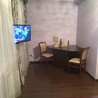 Photo taken at Дизайн-отель «Сухаревский» by Оксана М. on 11/28/2014