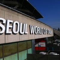 Photo taken at Seoul Worldcup Stadium by Awang A. on 3/3/2013