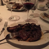 Photo taken at Ruth's Chris Steak House by Dave H. on 7/15/2016