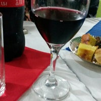 Photo taken at Pizzeria El Kurepa by Aline L. on 6/1/2014