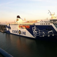 Photo taken at West Harbour / West Terminal by Alexander K. on 10/1/2014