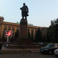 Foto scattata a Площа Героїв Майдану / Heroes of Maidan square da Pinatka il 10/5/2012