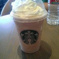 Photo taken at Starbucks by Luis P. on 2/19/2014