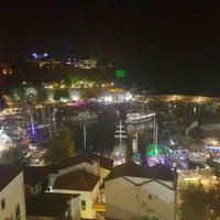 9/7/2015 tarihinde Dilara G.ziyaretçi tarafından Yat Limanı'de çekilen fotoğraf